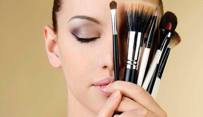 maquillaje y las arrugas