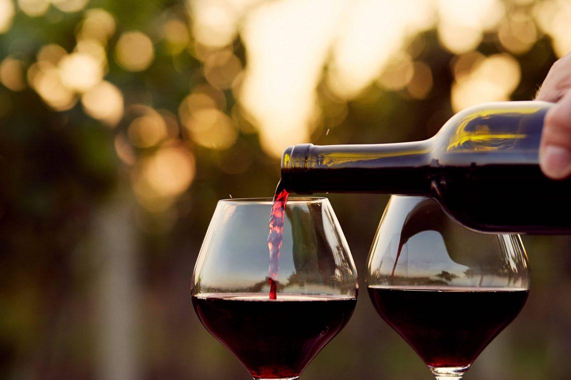 para que sirve el vino tinto
